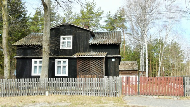 Byn Kasparus, träarkitektur. Cykelresor till Polen – Hit The Road Travel