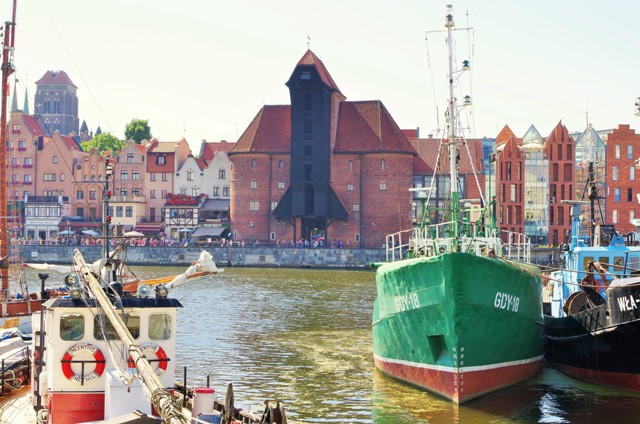 Mastkranen i Gdansk. Bussresor till Polen – Hit The Road Travel