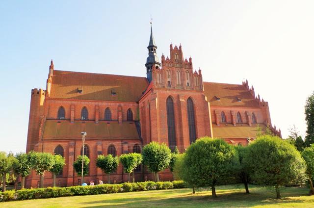 Domkyrkan i Pelplin. Cykelresor till Polen – Hit The Road Travel