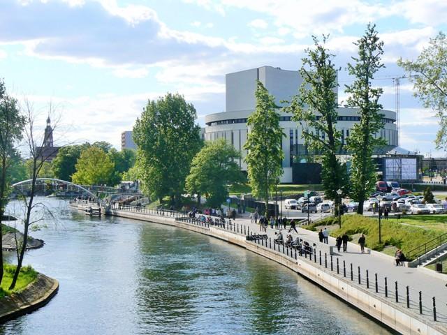 Bydgoszcz - Opera Nova vid Brda. Polenresor – Hit The Road Travel