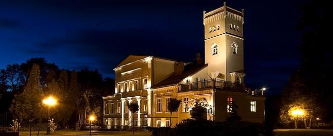 Boende i ett historiskt slott. Golfresa Polen, golf i Polen - Hit The Road Travel