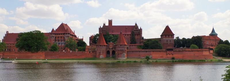 Ordensborg i Malbork vid floden Nogat