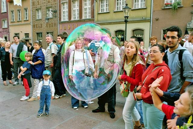 Såpbubblor på Långgatan i Gdansk