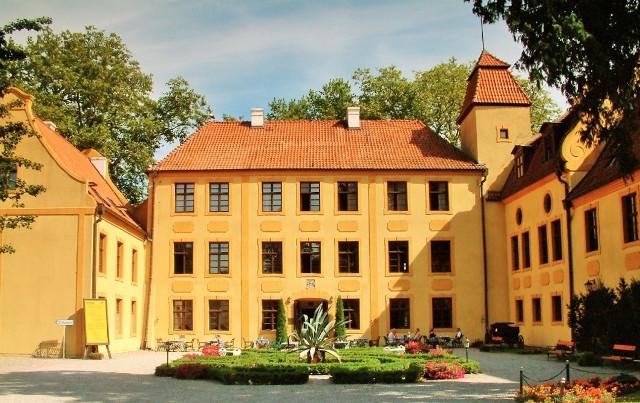 Krokowa, familjen von Krokows residens