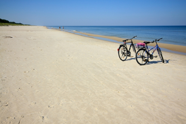 Słowinski Nationalpark - strand. Cykelresor till Polen – Hit The Road Travel