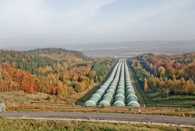 Vattenkraftverket i Zarnowiec. Temaresa till Gdansk – Hit The Road Travel
