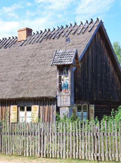Friluftsmuseet (Kasjubiska Etnografiska Parken) i Wdzydze Kiszewskie. Polenresa – Hit The Road Travel