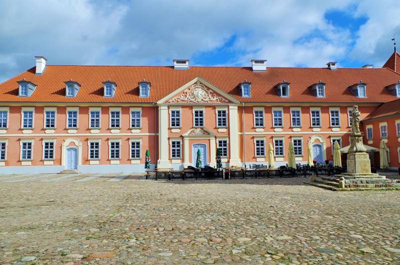 Förborgen, biskop Grabowskis palats i Lidzbark Warminski. Paketresor till Polen – Hit The Road Travel