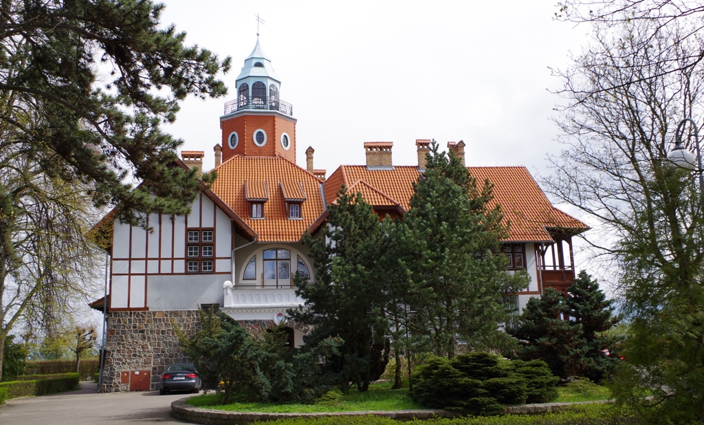 Marskalkens Villa i Sopot. Resor till Sopot – Hit The Road Travel