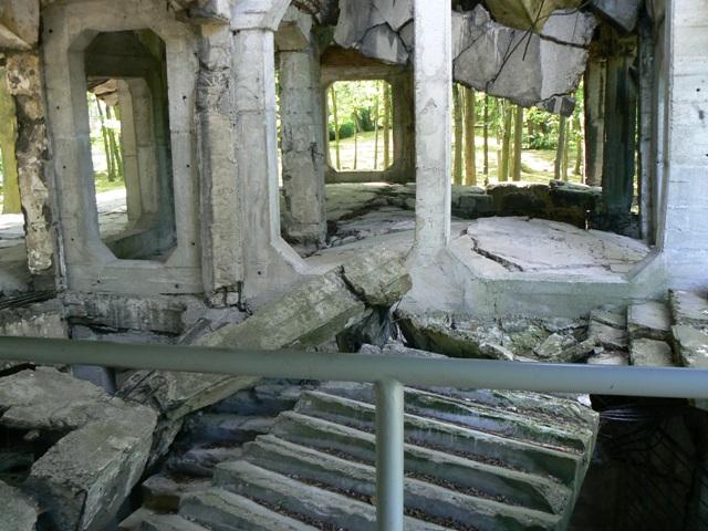 Nya kasernen förstörd under slaget om Westerplatte. Militärhistoriska resor till Polen – Hit The Road Travel