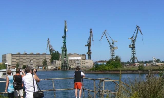 Gdansk Varv, vid floden