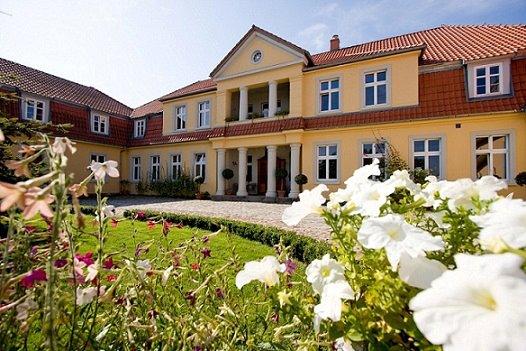 Prusewo, slottet Sex ekar. Rundresor till Polen – Hit The Road Travel