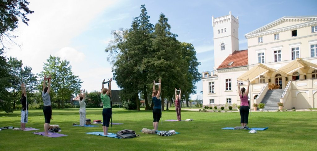 Yogaträning. Spaweekend i Polen – Hit The Road Travel