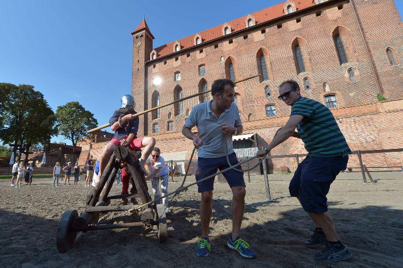 Ridderlig teambuilding – Hit The Road Travel