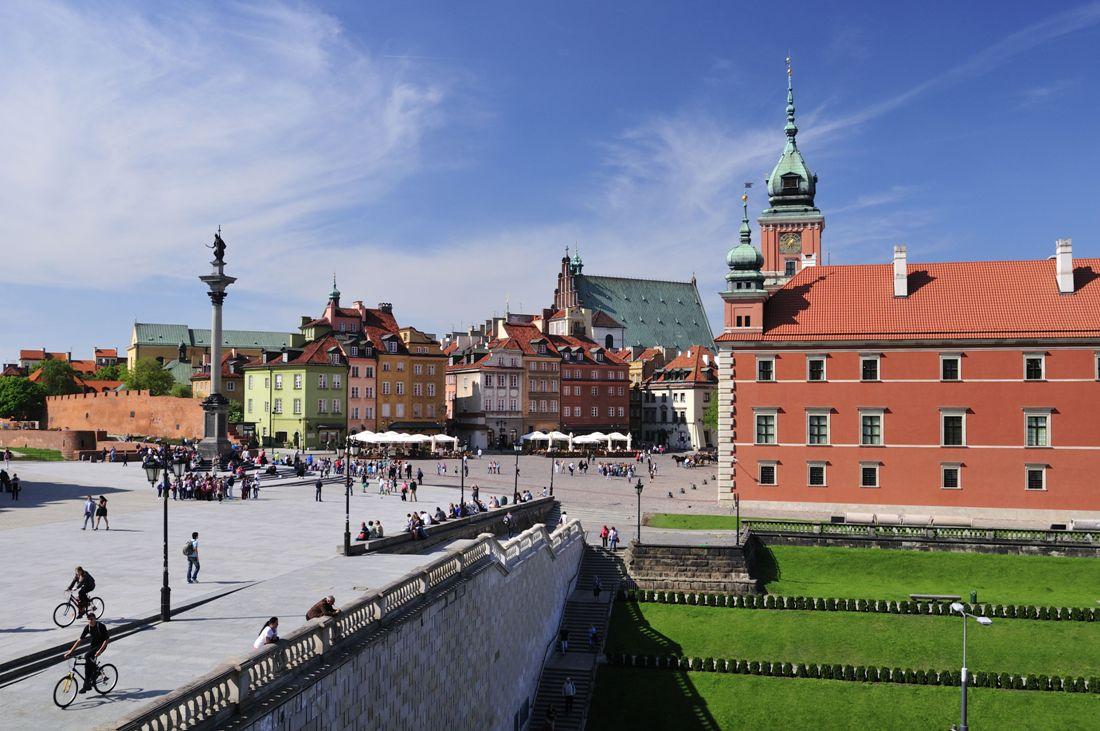 Slottstorget i Warszawa. Resa till Warszawa – Hit The Road Travel