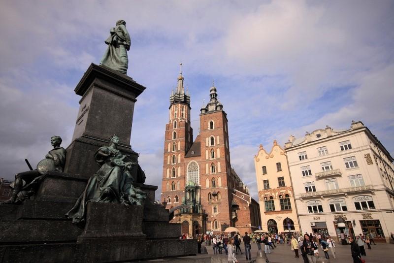 Mariakyrkan i Krakow - Resa till Krakow - Hit The Road Travel