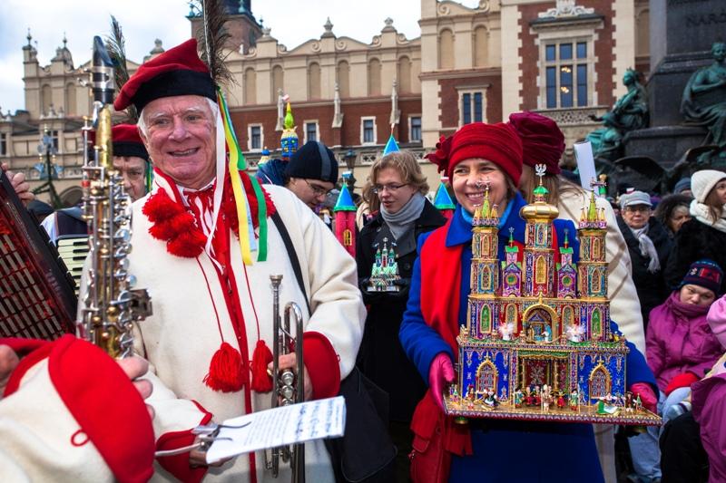 Julkrubbor från Krakow - Resa till Krakow - Hit The Road Travel